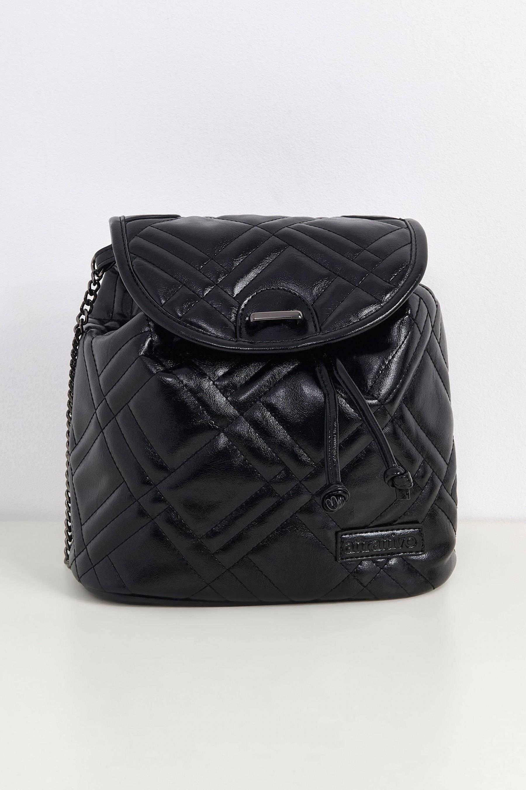 backpack attrattivo