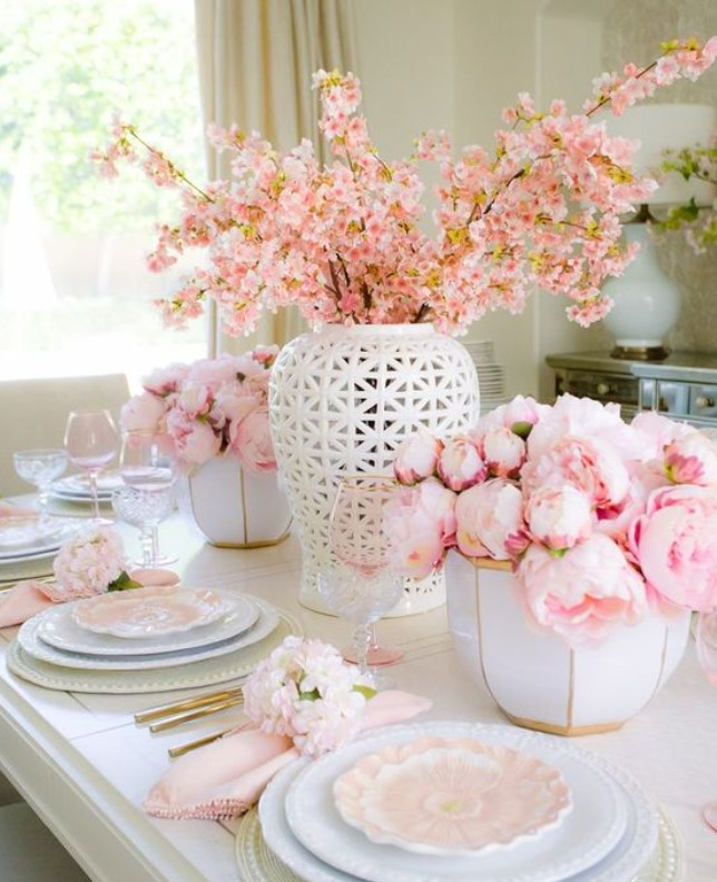 ανοιξιάτικη διακόσμηση στο τραπέζι